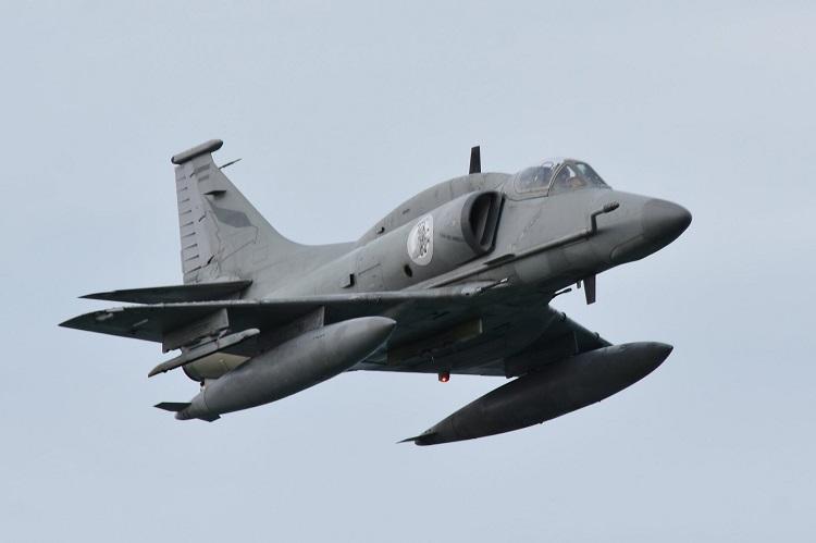 Aviones de la Fuerza Aérea sobrevolaron Ushuaia - Ushuaia 24